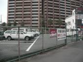 友田出口駐車場